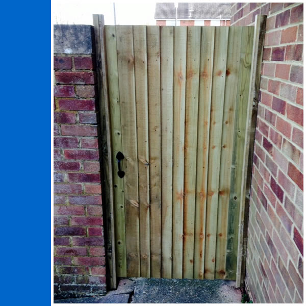 Photo of front of Closeboard Gate in Horsham.